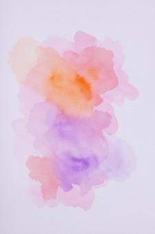 Aquarellfleck flach auf papier legen