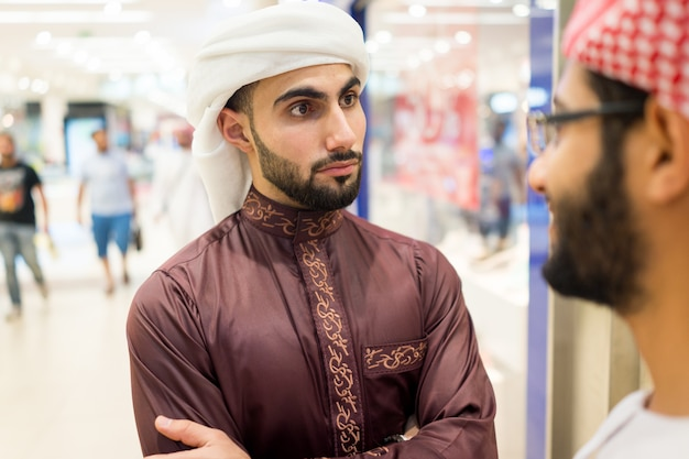Araber reden aus