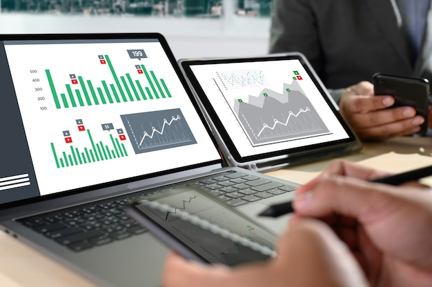 Arbeiten sie hart data analytics statistics information business technology