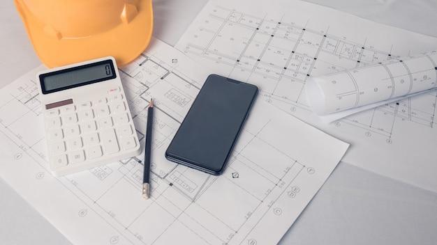 Architekt, ingenieurkonzept, stellt den arbeitsstil der architekten, ingenieure mit konstruktionszeichnungen dar