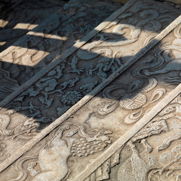 Architekturdetail von schritten in der verbotenen stadt, peking, china
