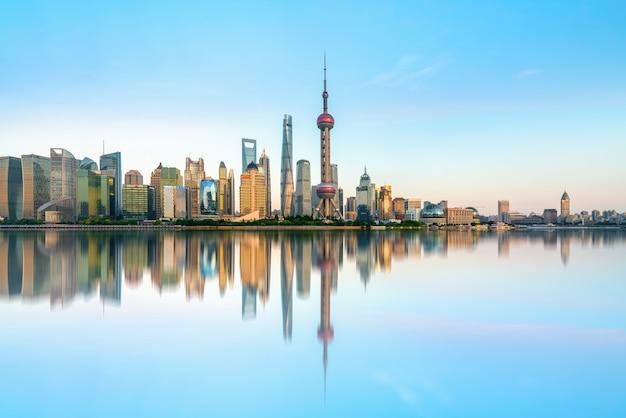 Architekturlandschaftsskyline shanghais lujiazui