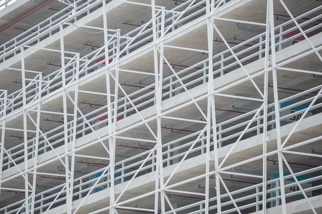 Architekturmetallrahmen-gebäudestruktur des autoparkplatzes