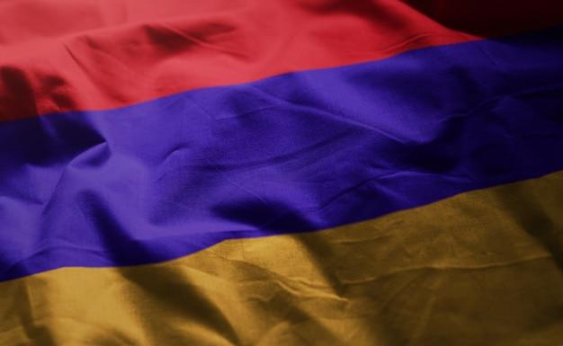 Armenien-flagge nah oben zerknittert