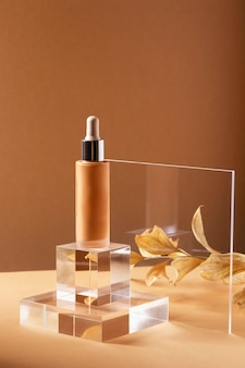 Arrangement mit foundation-flasche