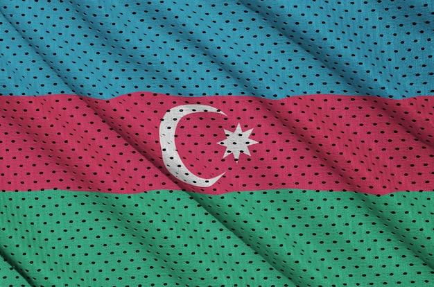 Aserbaidschanische flagge auf einem polyesternetz