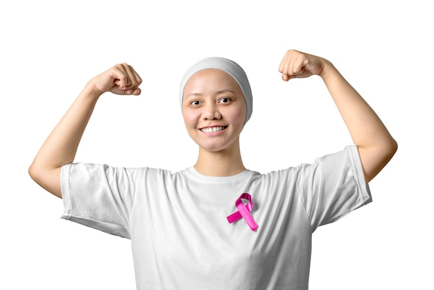 Asiatin in einem weißen hemd mit rosa band
