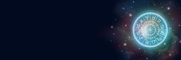 Astrologischer kreis mit dem sternzeichen auf einem hintergrund des sternenhimmels