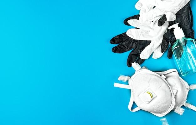 Atemschutz atemschutzmaske, latexhandschuhe und antiseptisches gel
