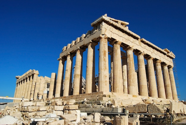 Athen-stadt griechenland parthenon in der akropolismarksteinarchitektur