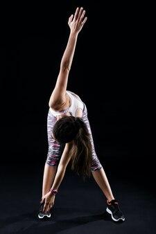Athletische übung turnhalle flexible taille
