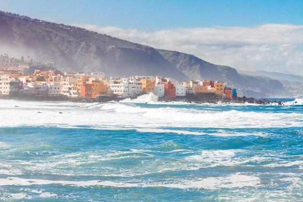 Atlantik und puerto de la cruz de tenerife, spanien
