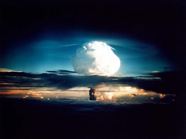 Atomarem wasserstoff bombenexplosion nuklearen
