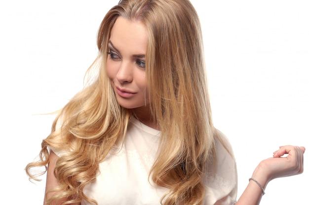Attraktive blondine