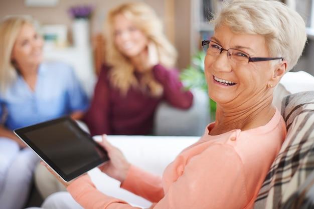 Auch in meinem alter können sie die neue technologie nutzen