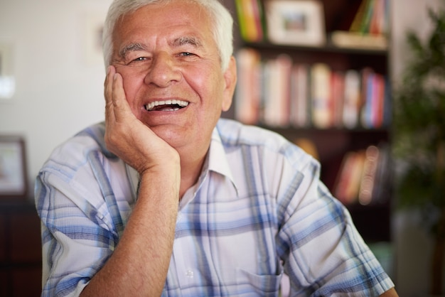 Auch wenn ich älter und älter werde, bleibe ich positiv