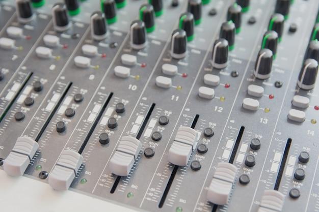 Audio sound mixer bedienfeld.