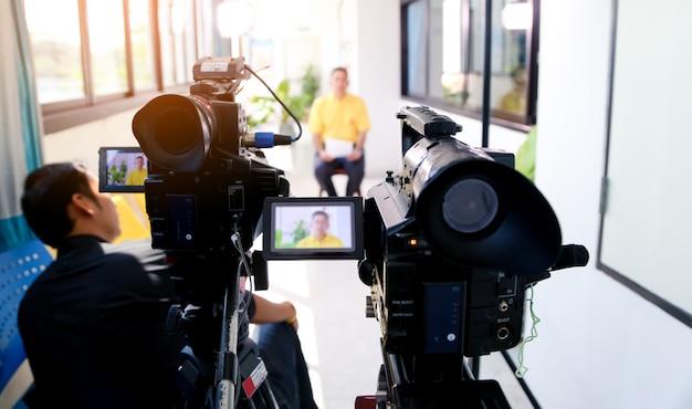Aufnahme mit zwei videokameras
