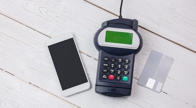 Aufwand für pin-terminal und smartphone