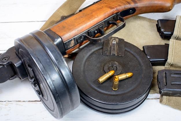 Ausrüstung des sowjetischen soldaten während des zweiten weltkriegs
