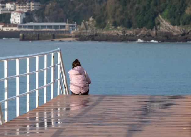 Ausruhen und auf das meer schauen