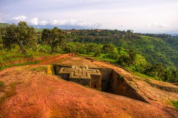 Außenansichten der lalibela-kirchen in äthiopien