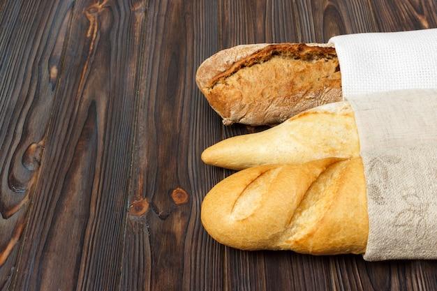 Auswahl an frischen französischen baguettes