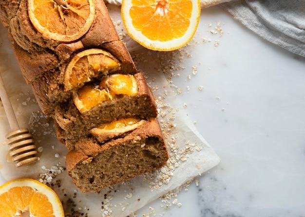 Auswahl an leckeren gesunden rezepten mit orangen