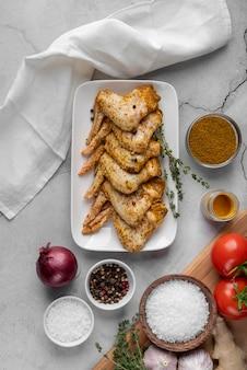 Auswahl an leckeren speisen und zutaten