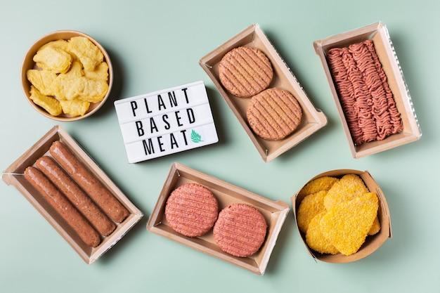 Auswahl an pflanzlichen fleischnahrungsmitteln zur reduzierung des co2-fußabdrucks Premium Fotos