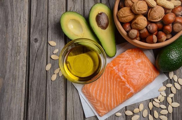 Auswahl gesunder fettquellen.