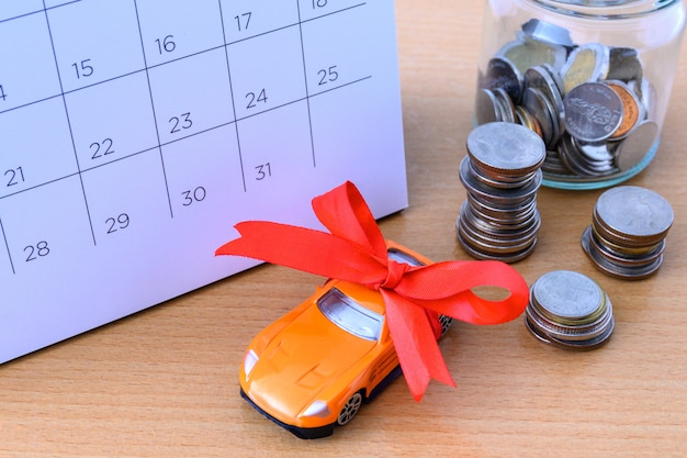Auto mit band auf kalender, neues autokonzept