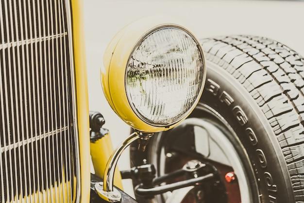 Auto oldtimer jahrgang transport