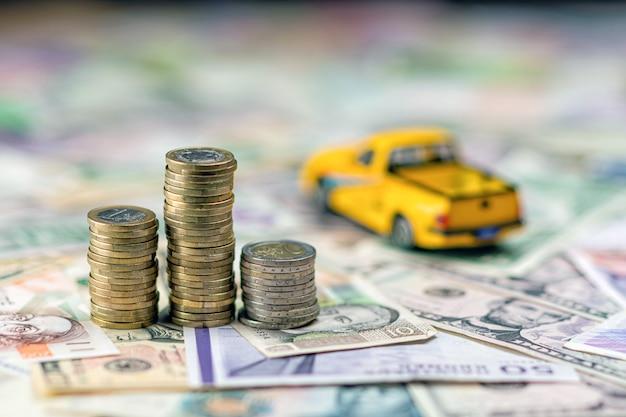 Auto- und geldkonzept