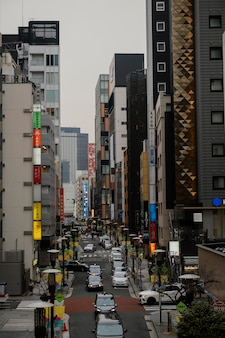 Autos auf der japanischen straße
