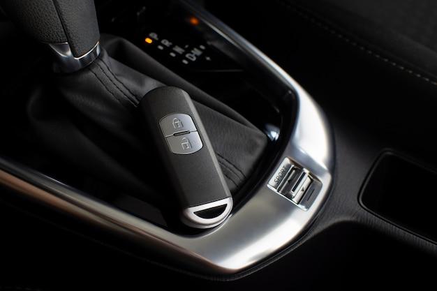 Autoschlüssellose fernbedienung für das automatikgetriebe im luxusauto