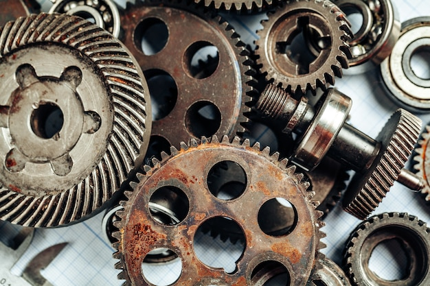 Autoteile auf millimeterpapier für die fahrzeugtechnik