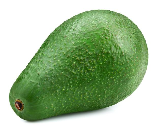 Avocado lokalisiert auf weißem hintergrund. reife grüne avocado, lokalisiert auf weißem hintergrund. avocado-beschneidungspfad