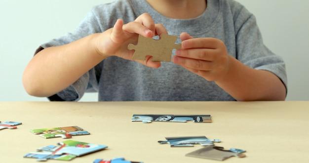 Baby hand falten puzzle