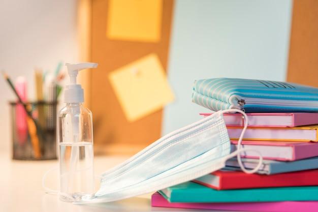 Back to school zubehör sortiment in neuer normalität
