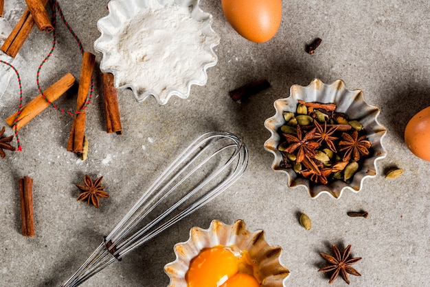 Backgeräte und zutaten, weihnachtsgebäck und kekse kochen