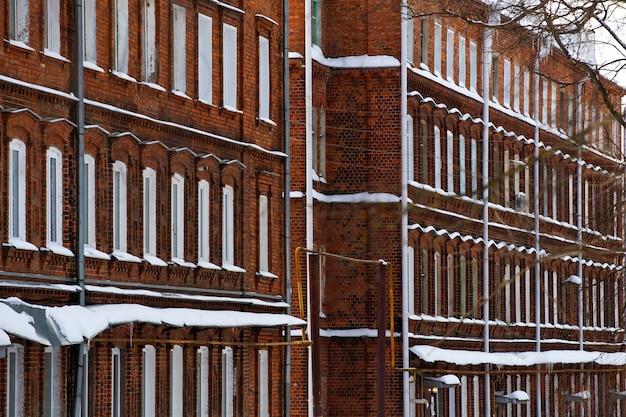 Backsteinfassade in roten und weißen farben hintergrund