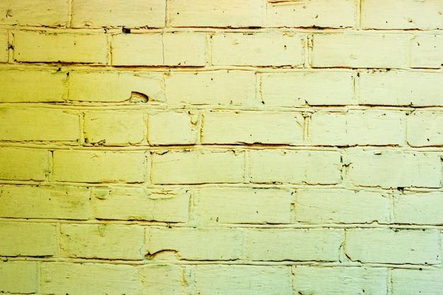 Backsteinstruktur mit kratzern und rissen