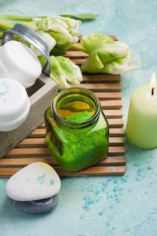 Badesalz und kosmetische produkte
