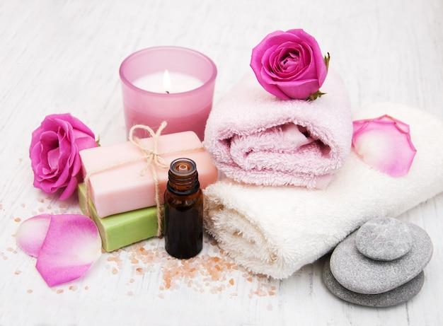 Badetücher mit rosa rosen