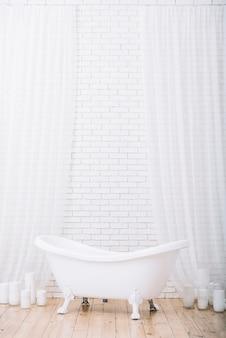 Badewanne für ein entspannendes bad in einem spa