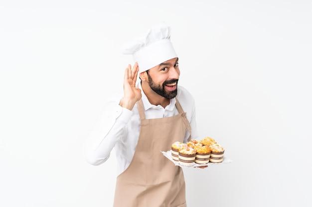 Bäcker, der viele brote fängt
