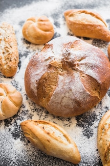 Bäckerei auf dem tisch mit backpulver