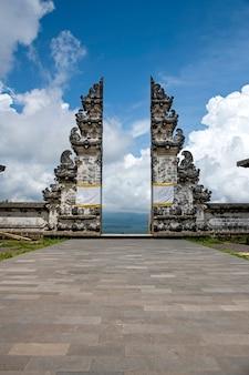 Bali tempel reflexion