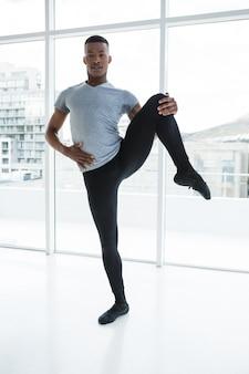 Ballerino übt balletttanz
